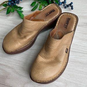 Born BOC women's clog/mules size 6